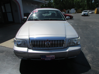 2008 Mercury Grand Marquis GS Fremont, Ohio 3