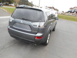 2008 Mitsubishi Outlander XLS New Windsor, New York 3