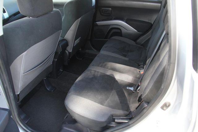 2008 Mitsubishi Outlander LS Santa Clarita, CA 15