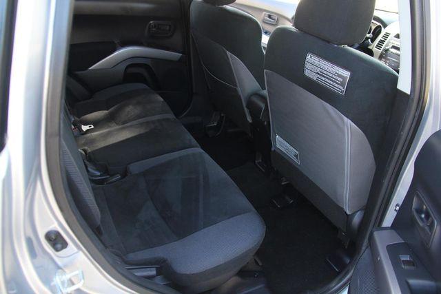 2008 Mitsubishi Outlander LS Santa Clarita, CA 16