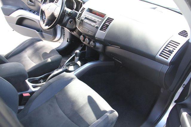 2008 Mitsubishi Outlander LS Santa Clarita, CA 9