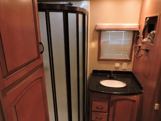 2008 Mobile Suites Elite Suite 38RL3   3 Slides Bend, Oregon 16