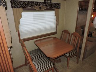 2008 Mobile Suites Elite Suite 38RL3   3 Slides Bend, Oregon 6