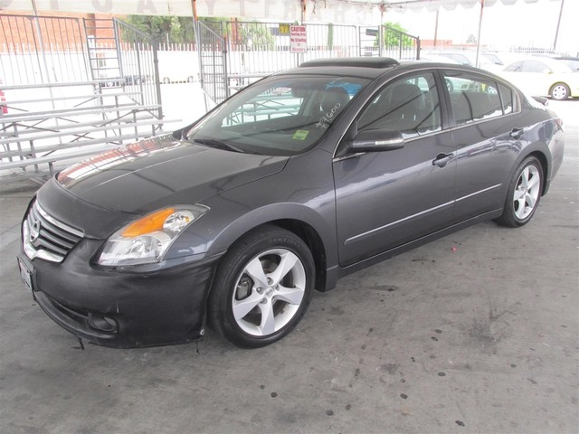 2008 Nissan Altima 35 SE This particular Vehicles true mileage is unknown TMU Please call or