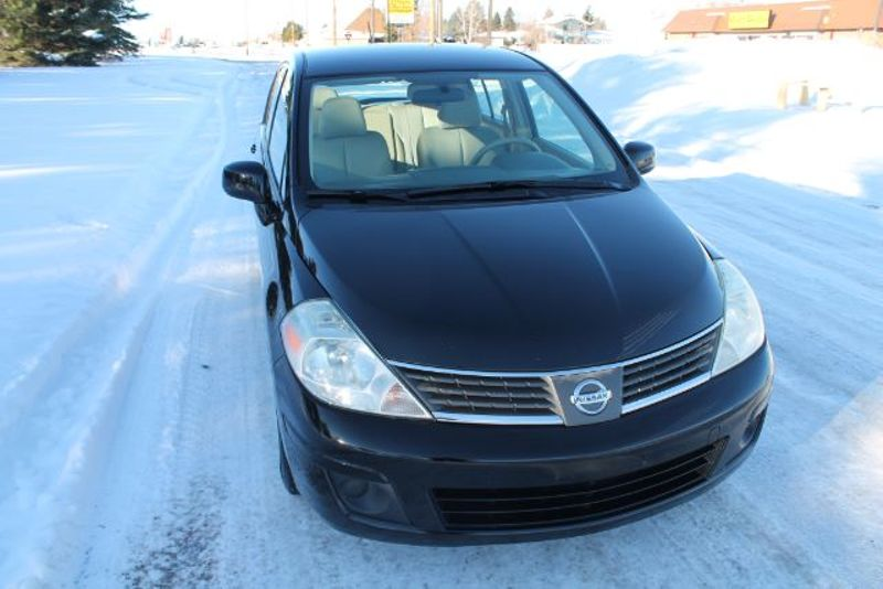 2008 Nissan Versa 18 SL  city MT  Bleskin Motor Company   in Great Falls, MT