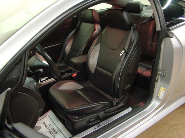 2008 Pontiac G6 GXP Batavia, Illinois 12