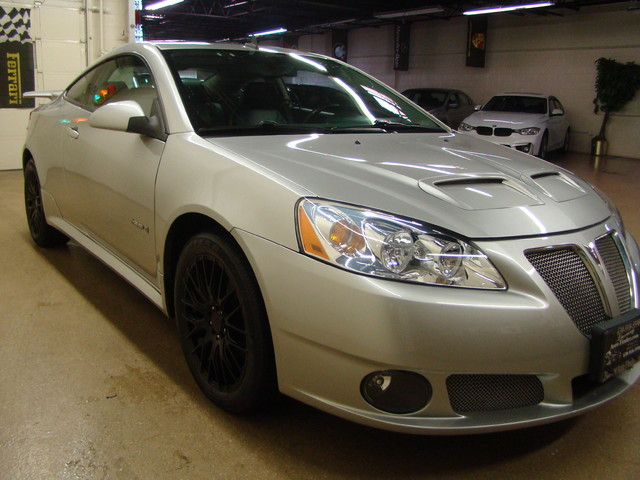 2008 Pontiac G6 GXP Batavia, Illinois 7