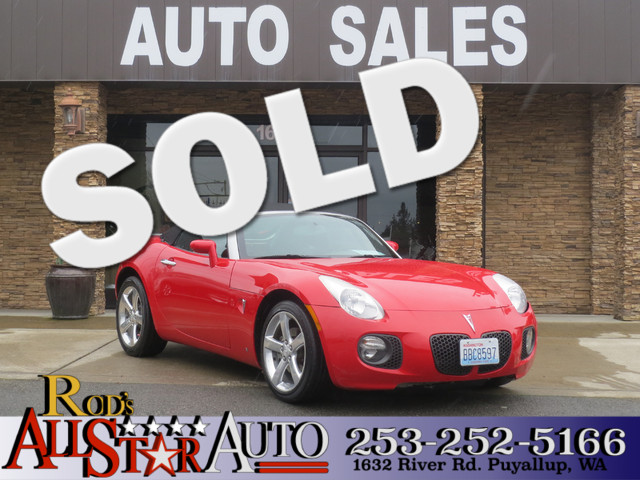 2008 Pontiac Solstice GXP Small and fast Red convertible Our 2008 used Pontiac Solstice is not y
