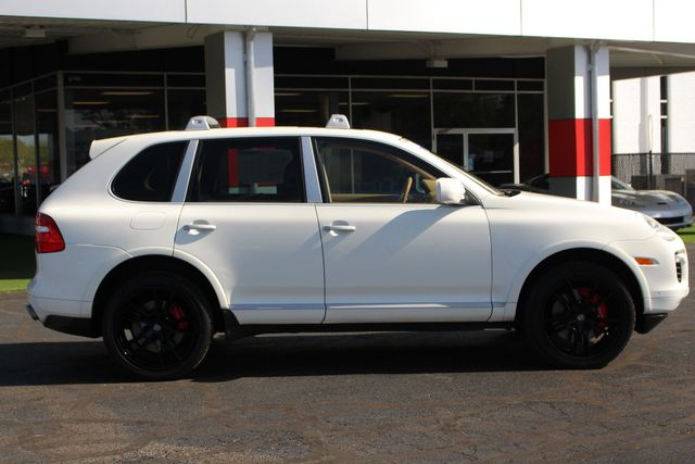 2008 Porsche Cayenne Turbo AWD - NAV - SUNROOF - NEW TIRES! Mooresville , NC 17