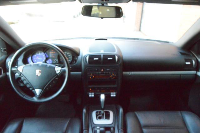2008 Porsche Cayenne AWD 4dr Tiptronic Richmond Hill, New York 31