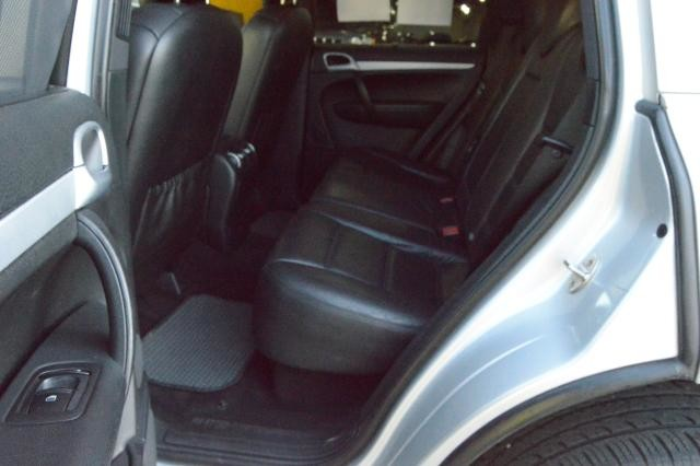 2008 Porsche Cayenne AWD 4dr Tiptronic Richmond Hill, New York 37