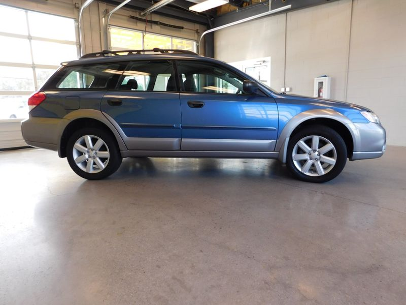 2008 Subaru Outback i  city TN  Doug Justus Auto Center Inc  in Airport Motor Mile ( Metro Knoxville ), TN