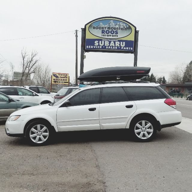 2008 Subaru Outback 2.5I =AWESOME FAMILY CAR!!! Golden, Colorado 4