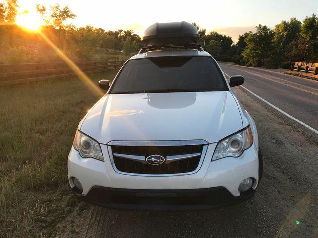 2008 Subaru Outback  i = AWESOME FAMILY CAR!! Golden, Colorado 3