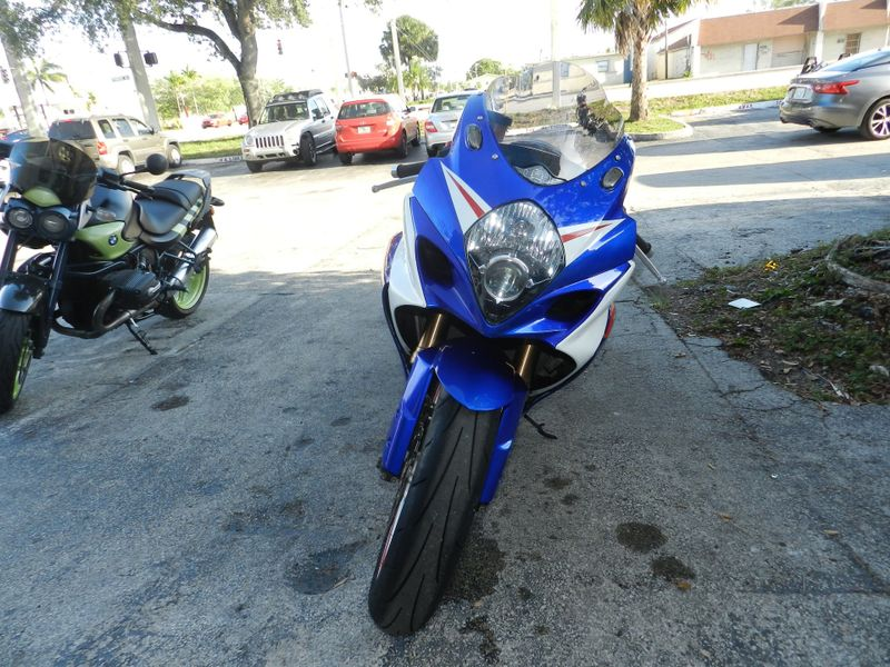 2008 Suzuki GSX-R 1000 CUSTOM GSXR1000 GIXXER ONE OF A KIND EXTENDED SWINGARM AND MUCH MORE  city Florida  MC Cycles  in Hollywood, Florida