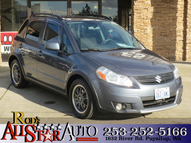 2008 Suzuki SX4 AWD The CARFAX Buy Back Guarantee that comes with this vehicle means that you can