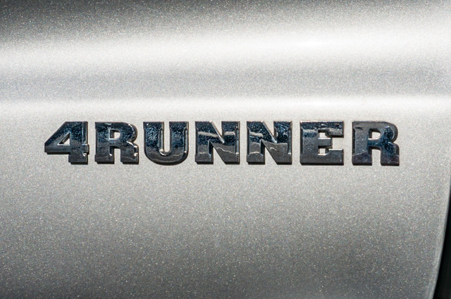 2008 Toyota 4Runner SR5 - AUTO - 46K MILES - TOW PKG - SUNROOF Reseda, CA 41