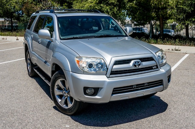 2008 Toyota 4Runner Limited 4WD - LTHR - NAVI - HTD STS - SUNROOF Reseda, CA 40
