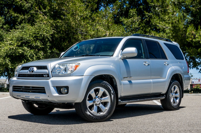 2008 Toyota 4Runner Limited 4WD - LTHR - NAVI - HTD STS - SUNROOF Reseda, CA 2