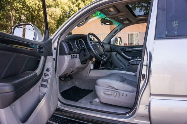 2008 Toyota 4Runner Limited 4WD - LTHR - NAVI - HTD STS - SUNROOF Reseda, CA 13