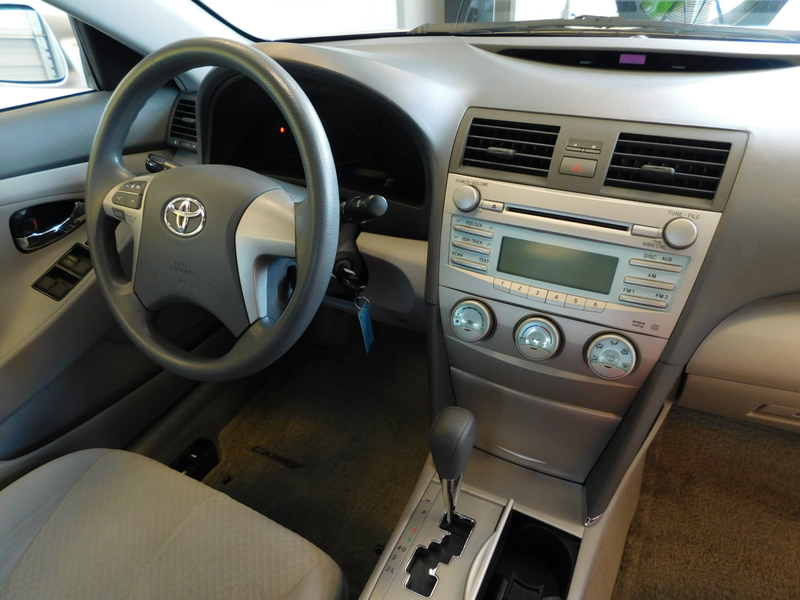 2008 Toyota Camry LE  city TN  Doug Justus Auto Center Inc  in Airport Motor Mile ( Metro Knoxville ), TN