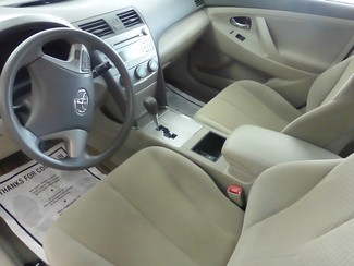 2008 Toyota Camry LE Chicago, Illinois 10