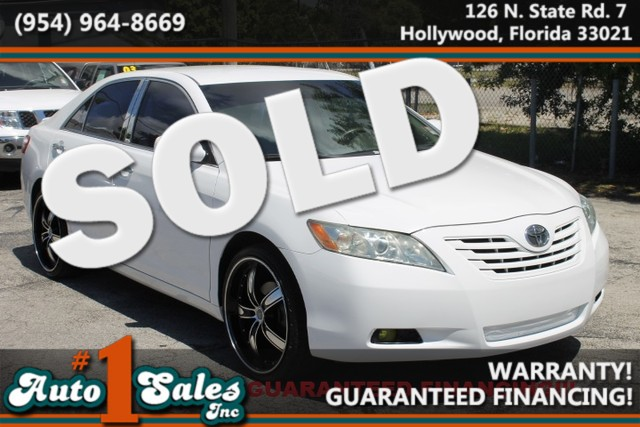 2008 Toyota Camry LE  WARRANTY CARFAX CERTIFIED AUTOCHECK CERTIFIED 1OWNER FLORIDA VEHICLE
