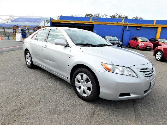 2008 Toyota Camry LE Limited warranty included to assure your worry-free purchase AutoCheck repor