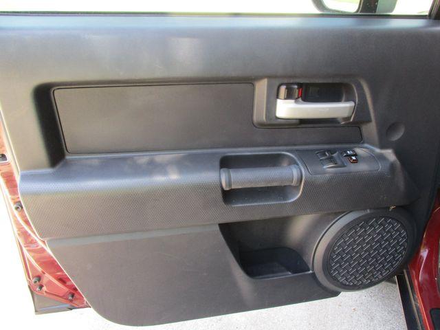 2008 Toyota FJ Cruiser 1 Owner No Accidents Plano, Texas 10