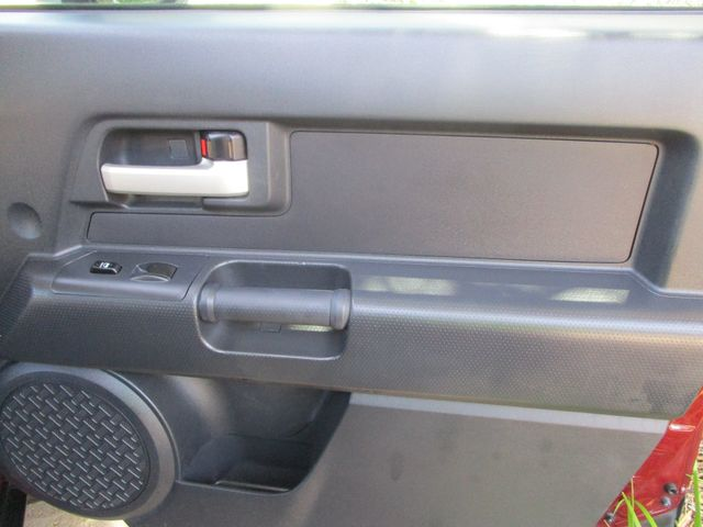 2008 Toyota FJ Cruiser 1 Owner No Accidents Plano, Texas 14