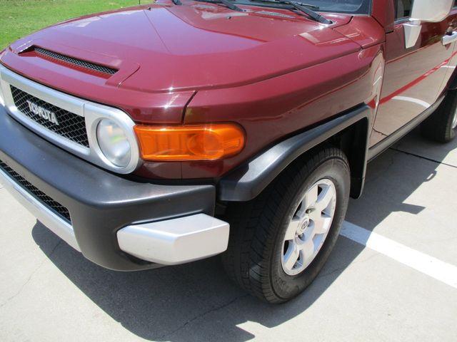 2008 Toyota FJ Cruiser 1 Owner No Accidents Plano, Texas 9