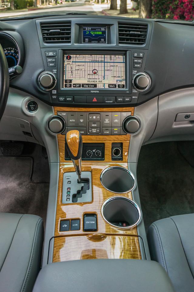 2008 Toyota Highlander Hybrid Limited 4WD - NAVI - 3RD ROW - LTHR - HTD STS Reseda, CA 21