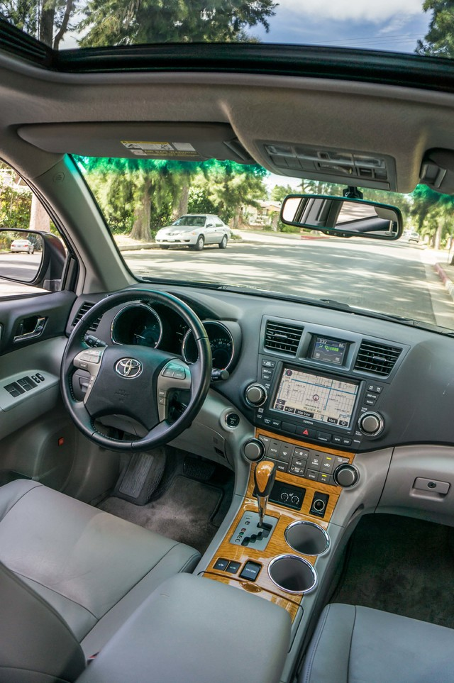 2008 Toyota Highlander Hybrid Limited 4WD - NAVI - 3RD ROW - LTHR - HTD STS Reseda, CA 39