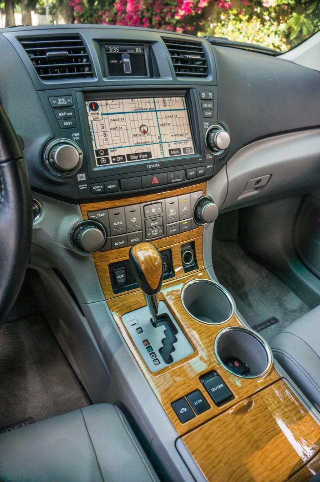 2008 Toyota Highlander Hybrid Limited 4WD - NAVI - 3RD ROW - LTHR - HTD STS Reseda, CA 22