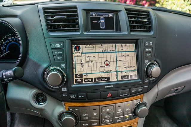 2008 Toyota Highlander Hybrid Limited 4WD - NAVI - 3RD ROW - LTHR - HTD STS Reseda, CA 23