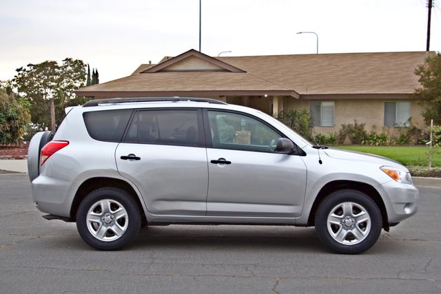 2008 Toyota RAV4 SPORT UTILITY 72K MLS 1-OWNER NEW TIRES 3RD ROW SEAT SERVICE RECORDS! Woodland Hills, CA 7