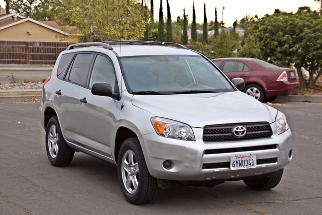 2008 Toyota RAV4 SPORT UTILITY 72K MLS 1-OWNER NEW TIRES 3RD ROW SEAT SERVICE RECORDS! Woodland Hills, CA 8