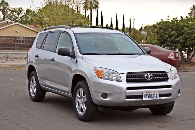 2008 Toyota RAV4 SPORT UTILITY 72K MLS 1-OWNER NEW TIRES 3RD ROW SEAT SERVICE RECORDS! Woodland Hills, CA 27