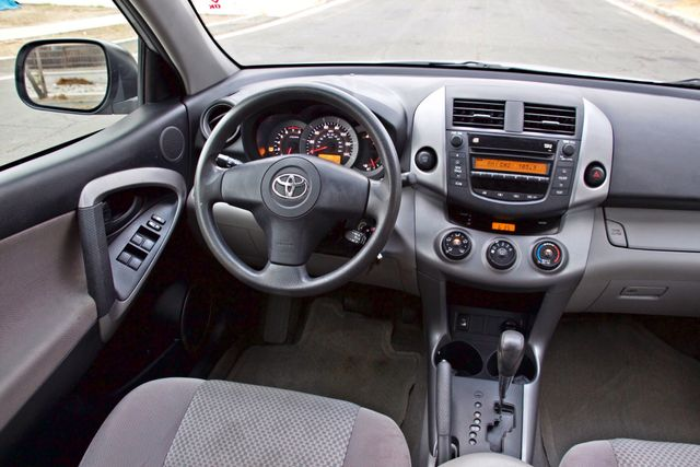 2008 Toyota RAV4 SPORT UTILITY 72K MLS 1-OWNER NEW TIRES 3RD ROW SEAT SERVICE RECORDS! Woodland Hills, CA 21
