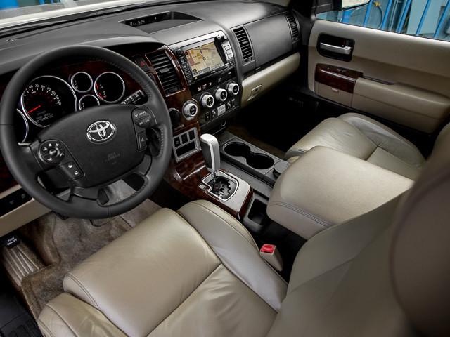 2008 Toyota Sequoia Ltd Burbank, CA 11