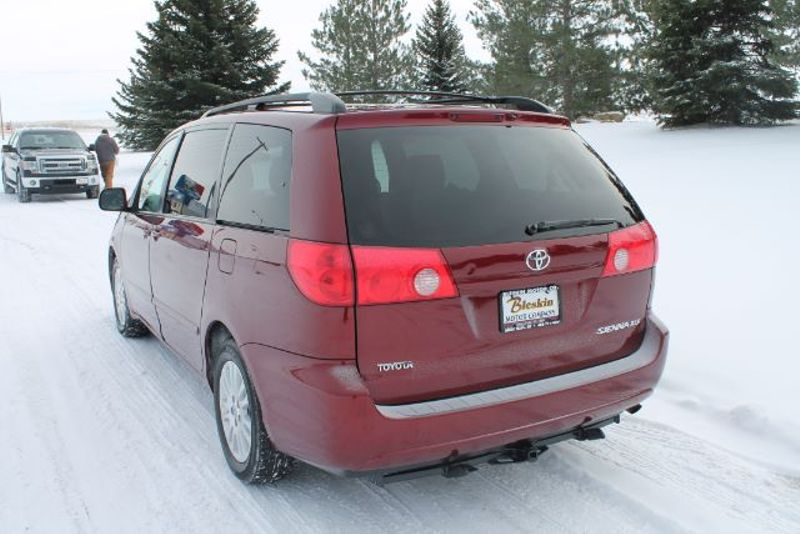 2008 Toyota Sienna XLE Limited FWD  city MT  Bleskin Motor Company   in Great Falls, MT