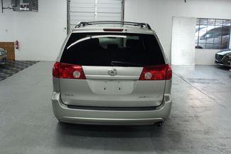 2008 Toyota Sienna LE Kensington, Maryland 3