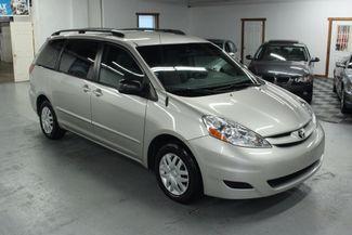 2008 Toyota Sienna LE Kensington, Maryland 6