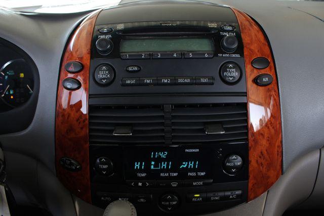 2008 Toyota Sienna XLE - REAR DVD - SUNROOF - HEATED LEATHER! Mooresville , NC 37