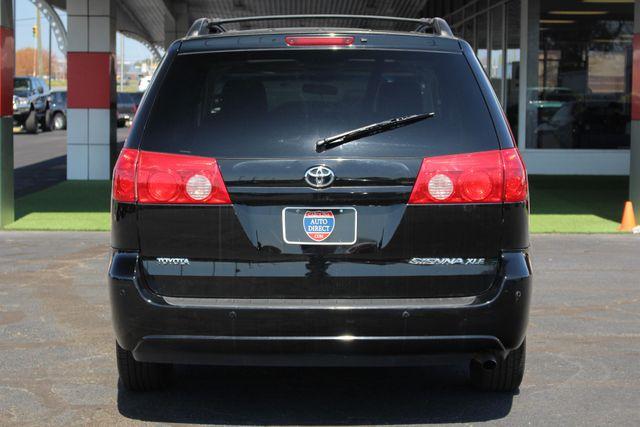 2008 Toyota Sienna XLE - REAR DVD - SUNROOF - HEATED LEATHER! Mooresville , NC 18