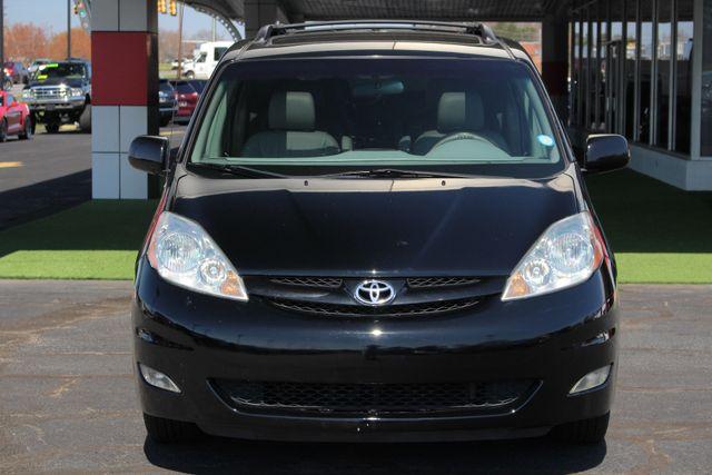 2008 Toyota Sienna XLE - REAR DVD - SUNROOF - HEATED LEATHER! Mooresville , NC 17