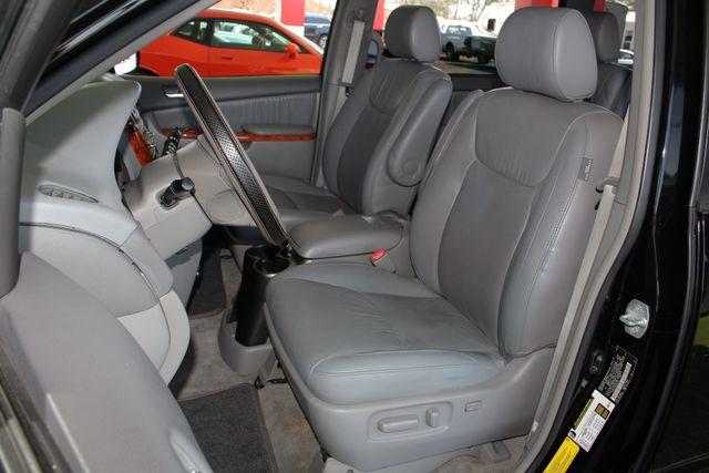 2008 Toyota Sienna XLE - REAR DVD - SUNROOF - HEATED LEATHER! Mooresville , NC 8
