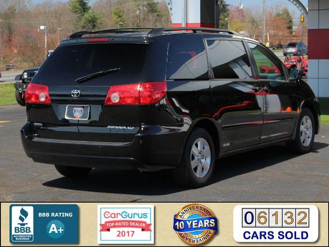 2008 Toyota Sienna XLE - REAR DVD - SUNROOF - HEATED LEATHER! Mooresville , NC 2