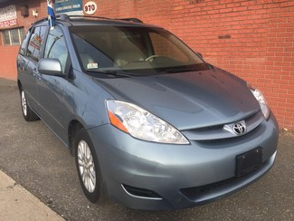 2008 Toyota Sienna XLE  AWD   One Owner Clean Carfax New Brunswick, New Jersey 1