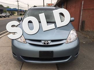 2008 Toyota Sienna XLE  AWD   One Owner Clean Carfax New Brunswick, New Jersey